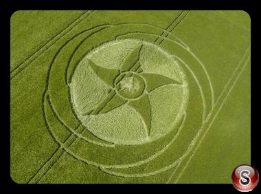 Crop circles - Silbury Hill Wiltshire 2016