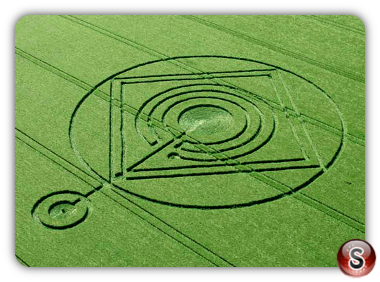 Crop circles Hod Hill, Hanford, Dorset UK 2014