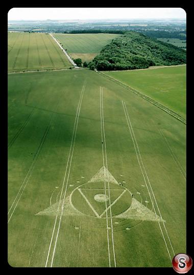 Crop circles - Wessex Ridgeway Nr Roundway Wiltshire UK 2013