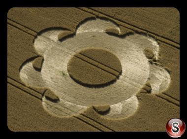 Crop circles - Danebury Ring Hampshire 1998