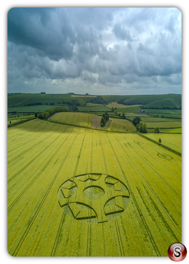 Crop circles Maiden Bradley - Wiltshire 2017