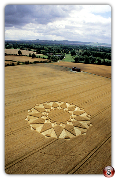 Crop circles - Huish, Wiltshire, 20 July 2003