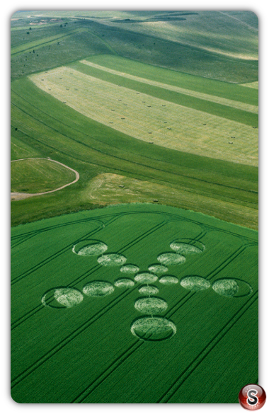 Crop circles - Beckhampton Gallops Wiltshire 2001