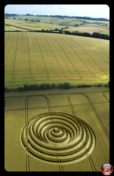 Crop circles - Aldbourne Wiltshire 2006