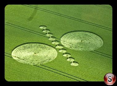 Crop circles - Alton Barnes Wiltshire UK 2014