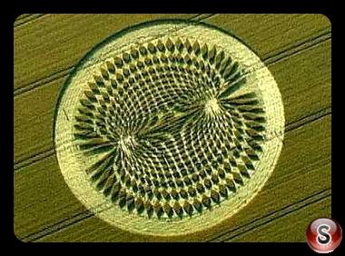 Crop circles - Avebury Trusloe Wiltshire 2000