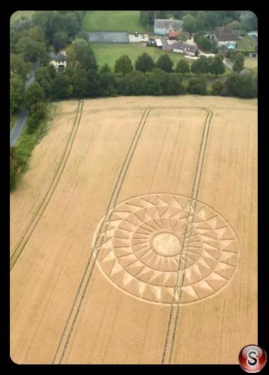 Crop circles - Woolstone Oxfordshire 2020