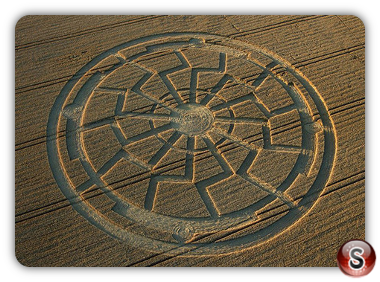 Crop circles Bowerchalke, Wiltshire UK 2015