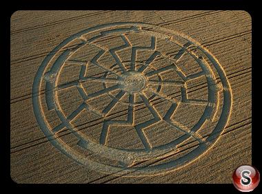 Crop circles - Bowerchalke Wiltshire UK 2015
