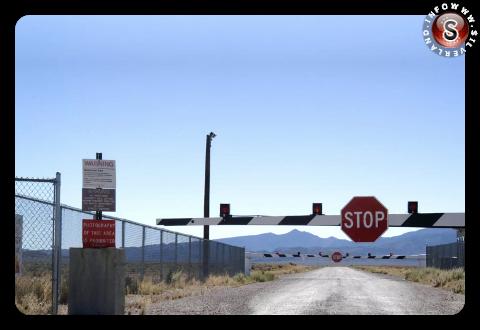 Uno dei tanti cartelli dell' Area 51