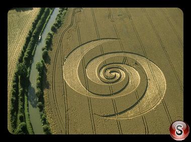 Crop circles - Honey Street Wiltshire 2002