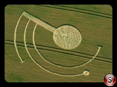 Crop circles - welsh way nr barnsley Gloucestershire UK 2014