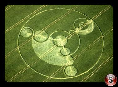 Crop circles - Avebury Trusloe, Wiltshire 2001