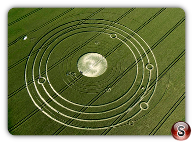 Crop circles - Avebury Manor, Wiltshire 2008