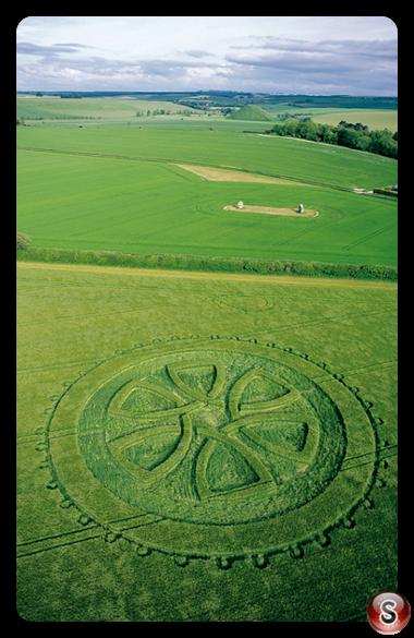 Crop circles - Avebury Trusloe Wiltshire 2002