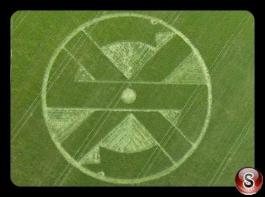 Crop circles - Stonehenge 1 nr Winterbourne Stoke Wiltshire 2011