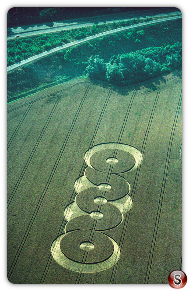Crop circles - Barton le Clay, Bedfordshire 1996