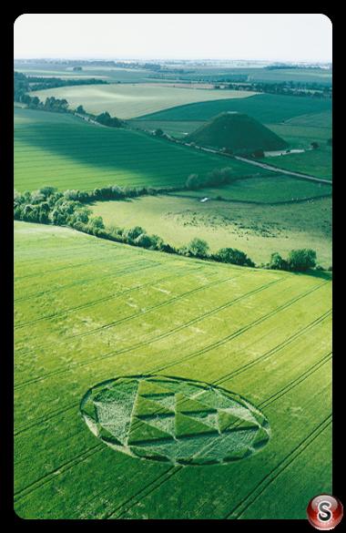 Crop circles - Silbury Hill Avebury Wiltshire 2000