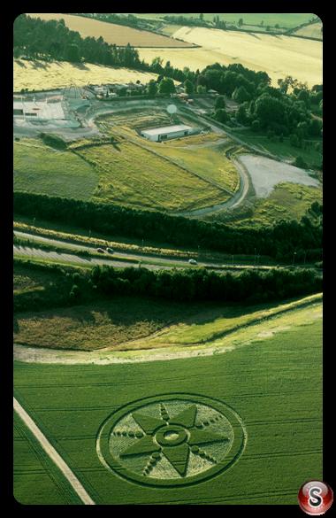Crop circles - Chilcombe Down Hampshire 2001