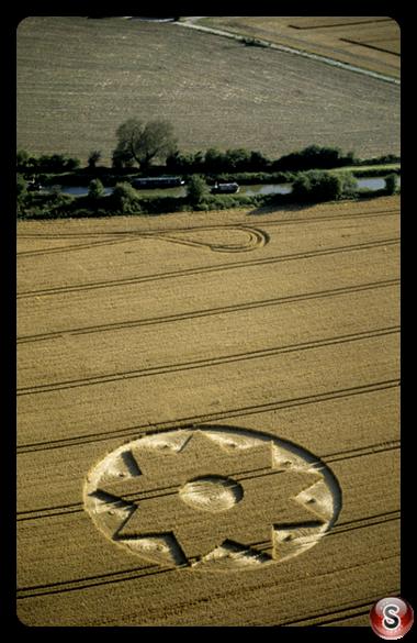 Crop circles - Beckhampton Wiltshire 2000