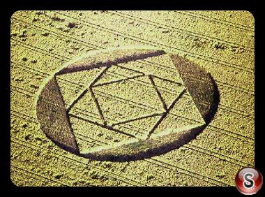 Crop circles - West Bratton Yorkshire 2000