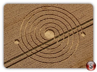 Crop circles - Silbury Hill (2), Nr Avebury, Wiltshire, UK. 2013