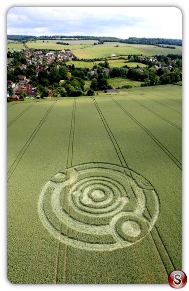 Crop circles - Cow Drove Hill nr Kings Somborne - Hampshire 2011
