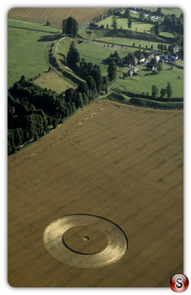Crop circles - Avebury, Wiltshire 1998