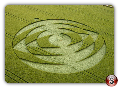 Crop circles - Coombe Abbey, Warwickshire 2004