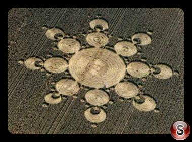 Crop circles - Avebury Manor 1999