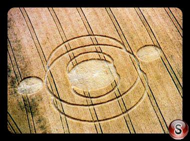 Crop circles - Deacon Hill Hertfordshire 2000