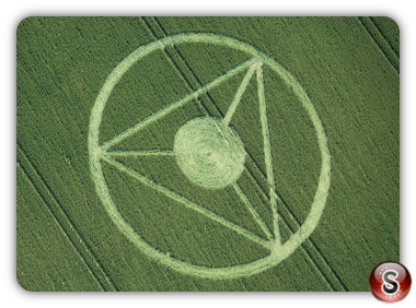 Crop circles - All Cannings, nr Stanton St Bernard, Wiltshire UK. 2013