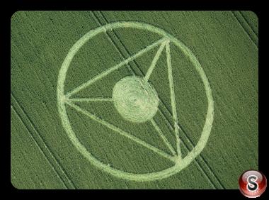 Crop circles - All Cannings nr Stanton St Bernard Wiltshire UK 2013