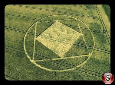 Crop circles - Etchilhampton Wiltshire UK 2015
