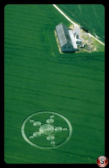 Crop circles - Avebury Trusloe Wiltshire 1999