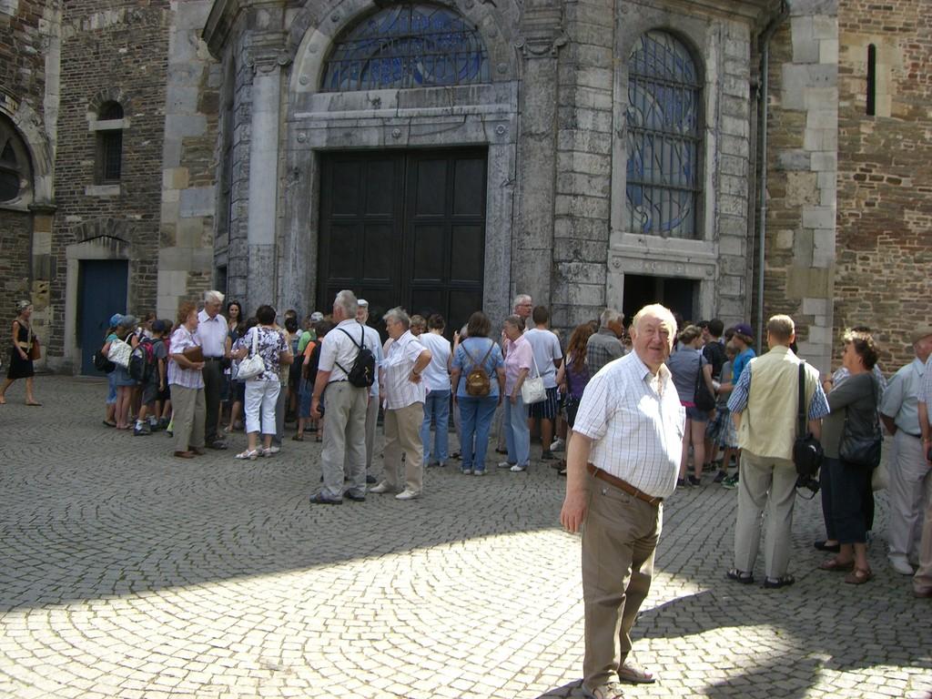 Aachen Dom Besucherströme
