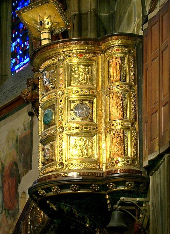 Wikipedia der goldene Ambo - sog. Kanzel Kaiser Heinrich II vor 1014