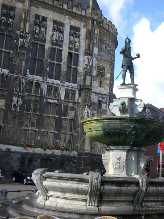 Brunnen Karl des Großen