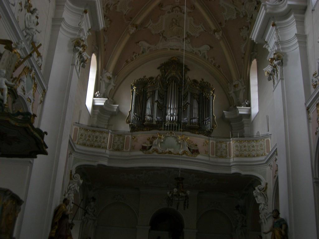 St. Vitus linksseitiger Seitenaltat