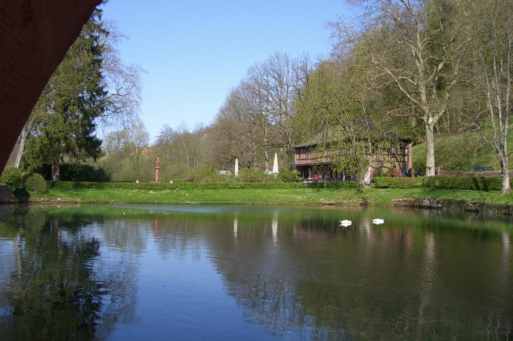 See am Schloss Blick vom Schlosshof aus
