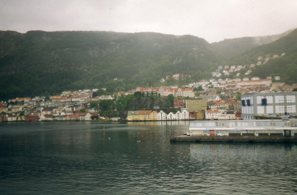 Bergen vom Hafen zur Stadt