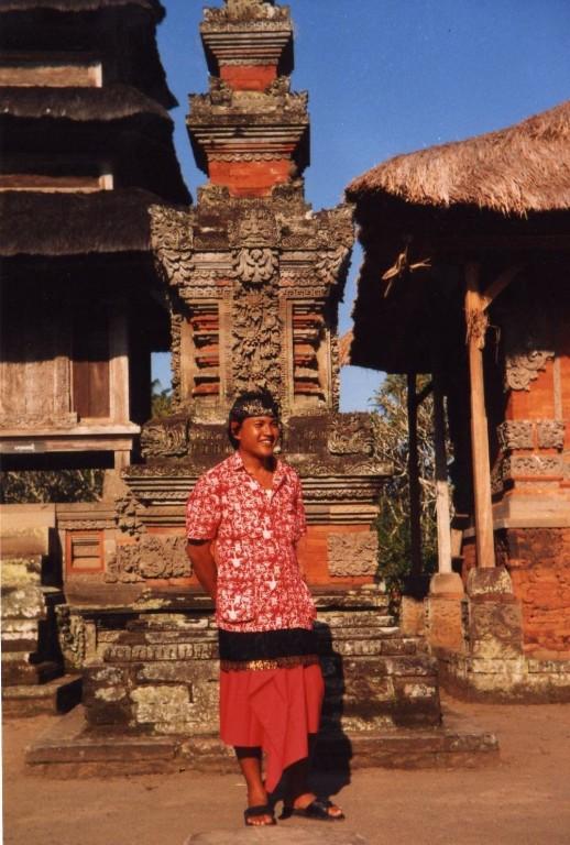 Batur  Tempel  Unser Reiseleiter