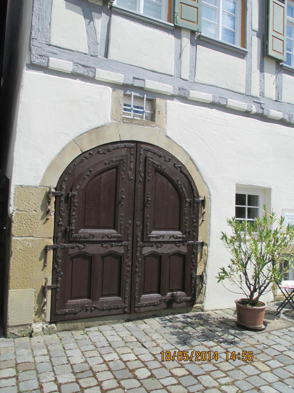Die Türe ist ins Schloss gefallen