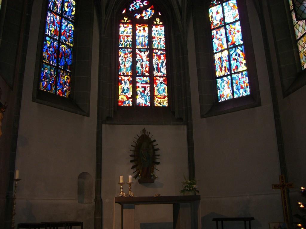St. Vitus Fenster der Grabkapelle Pater Jenninger