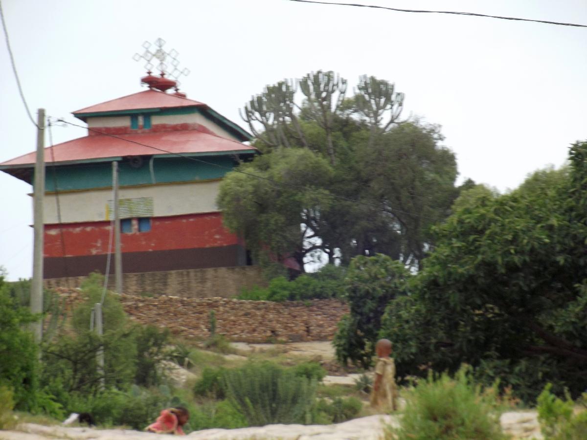 L'église du village de Dabra Damo. Trek et randonnée, Road Trip jusqu'à Debre Damo en Ethiopie.