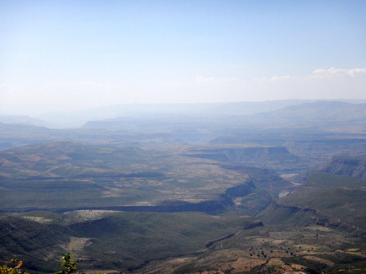 La Vallée du Grand Rift. Voyage Séjour Road Trip Trek Trekking Randonnée en Ethiopie. Trip Road de Bahir Dar (Bardhar) à Addis Abeba
