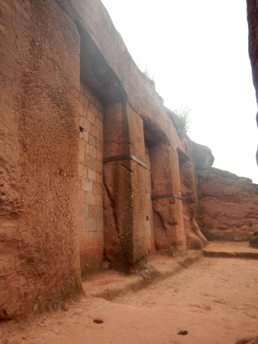 Visite de l'église Beta Merqorewos de Lalibela en Ethiopie Trek à  Lalibela Voyage Séjour Trekking Randonnée Road Trip en Ethiopie.