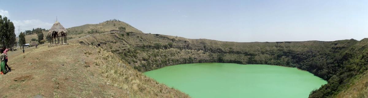Le Lac Ara Shetan, Pays d'Oromia, Ethiopie. Voyage Séjour Trek Trekking Randonnée Road Trip Visite de la Région Oromia en Ethiopie. Le Lac Ara Shetan