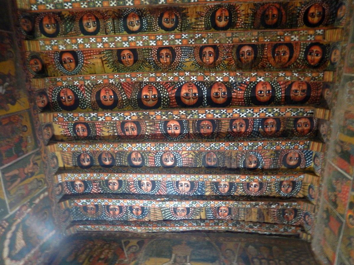 Les anges éthiopiens nous observent. Voyage Séjour Road Trip Trek Trekking Randonnée en Ethiopie. Visite de Gondar en Ethiopie. L'Eglise Debre Birham Selassie de Gondar