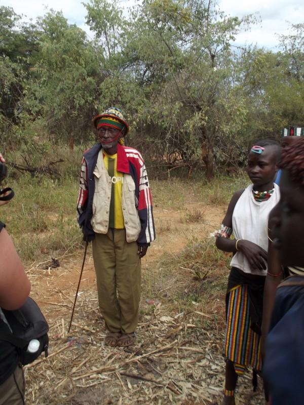Le Chef Hamer de Lojura.Le guerrier Hamer. Chez les Hamer à Lojura en Ethiopie. Voyage Séjour Trek Trekking Randonnée Road Trip en Ethiopie Visite de la Vallée de l'Omo en Ethiopie.